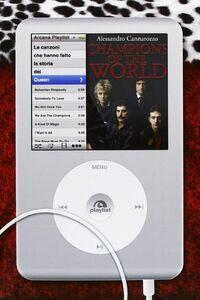 Champions of the world Le canzoni che hanno fatto la storia dei Queen