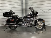 Photo 2012 Harley-Davidson FLHTC - Electra Glide Classic