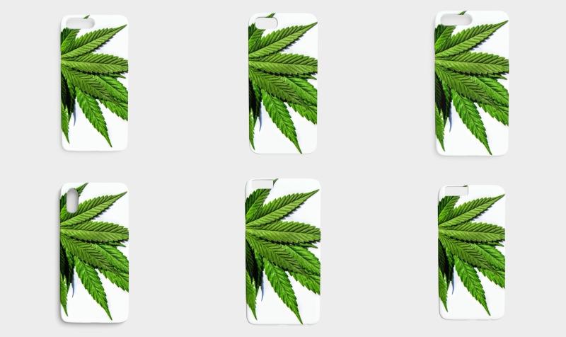 Aperçu de Phone Covers:  Marijuana Leaves Fresh Grass