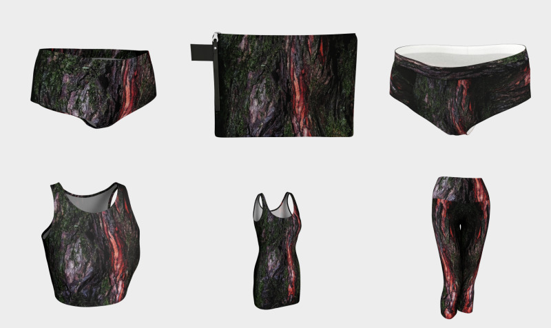 Red black tree mossy wood bark preview