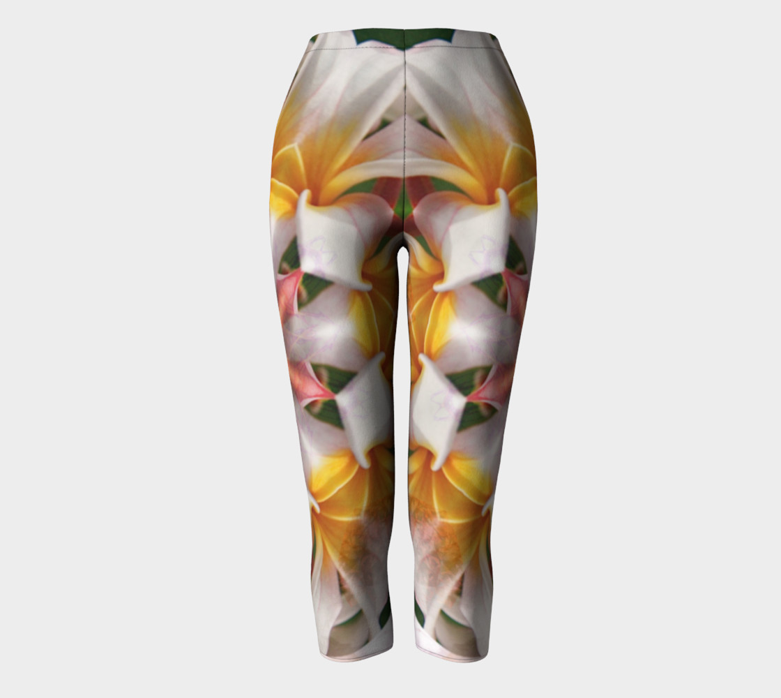 The Heart Knows Frangipani Capris preview #2