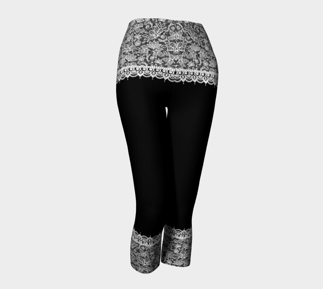 Aperçu de Black and White Mehndi Lace Capris #1