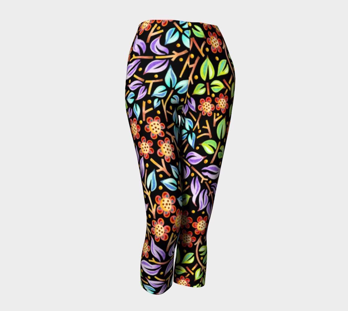 Filigree Floral Capri Leggings preview #1