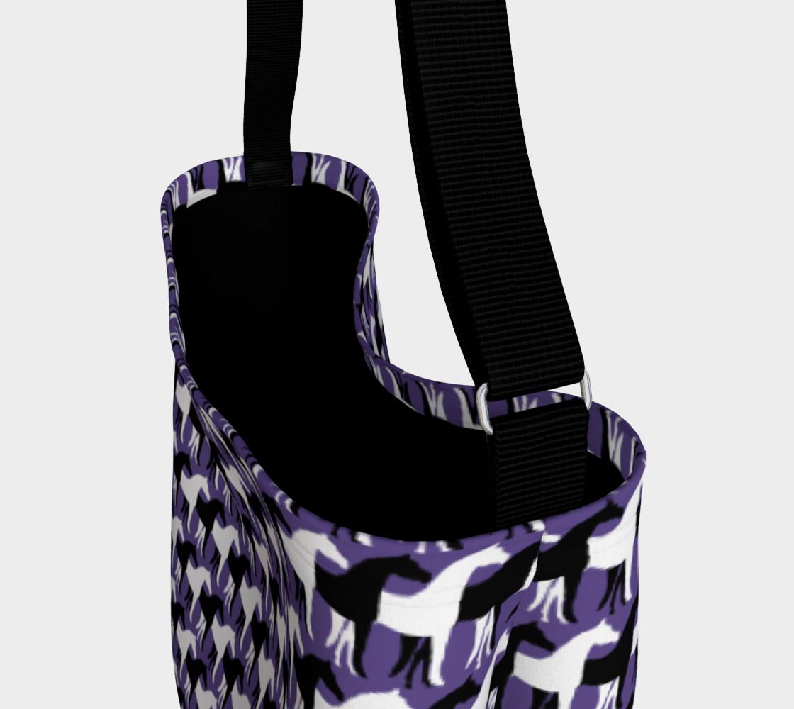 Aperçu de Black and White Overlapping Horses on Ultra Violet Purple #3