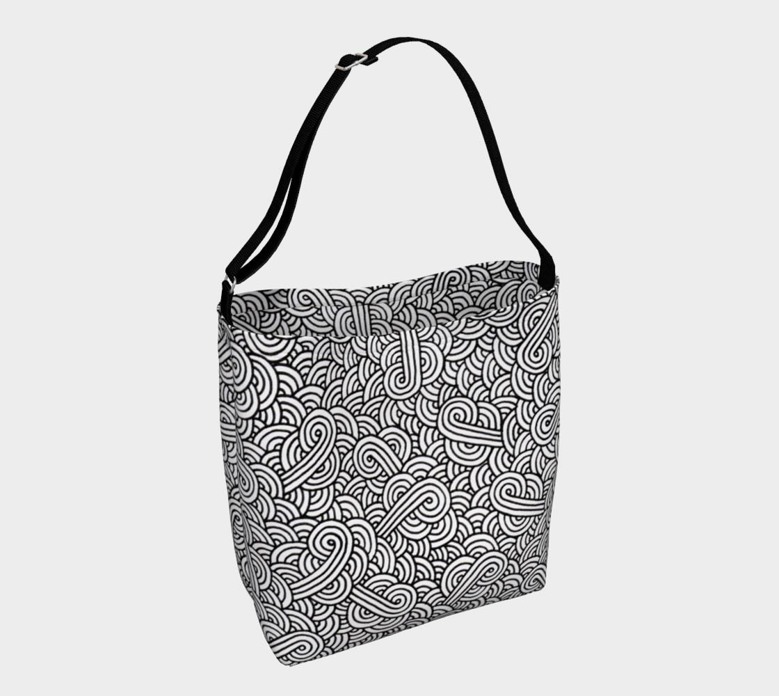 Aperçu de Black and white swirls doodles Day Tote #1