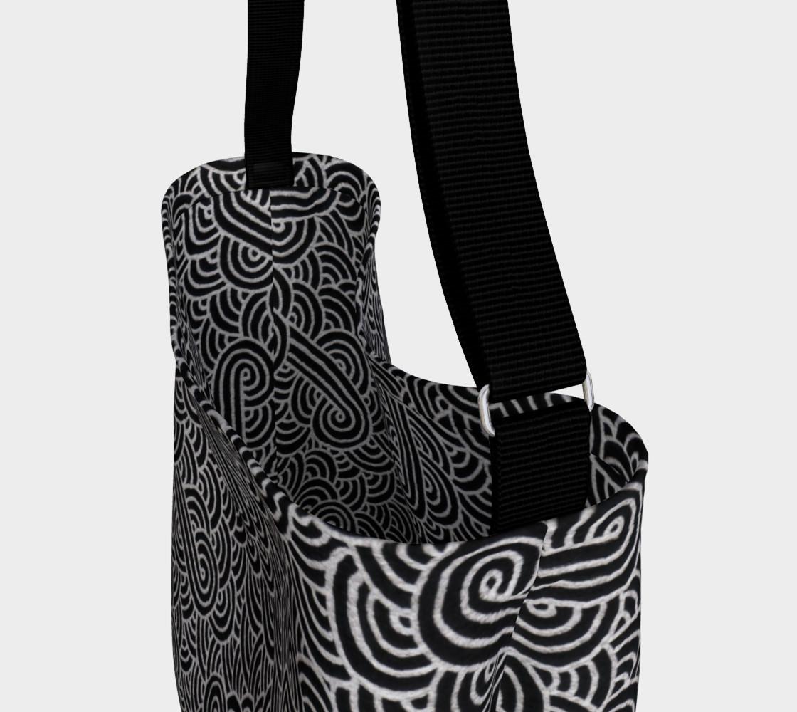 Aperçu de Faux silver and black swirls doodles Day Tote #3