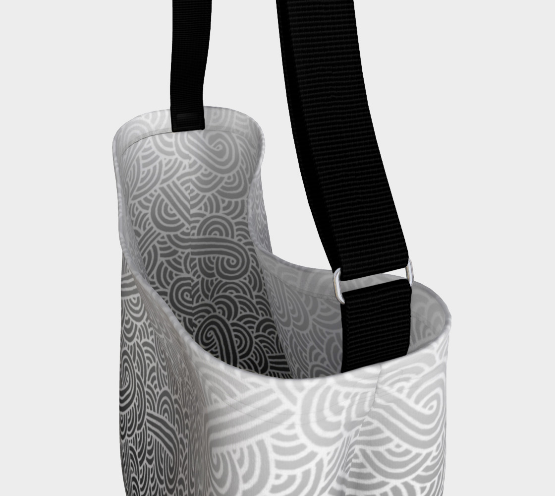Aperçu de Ombre black and white swirls doodles Day Tote #3