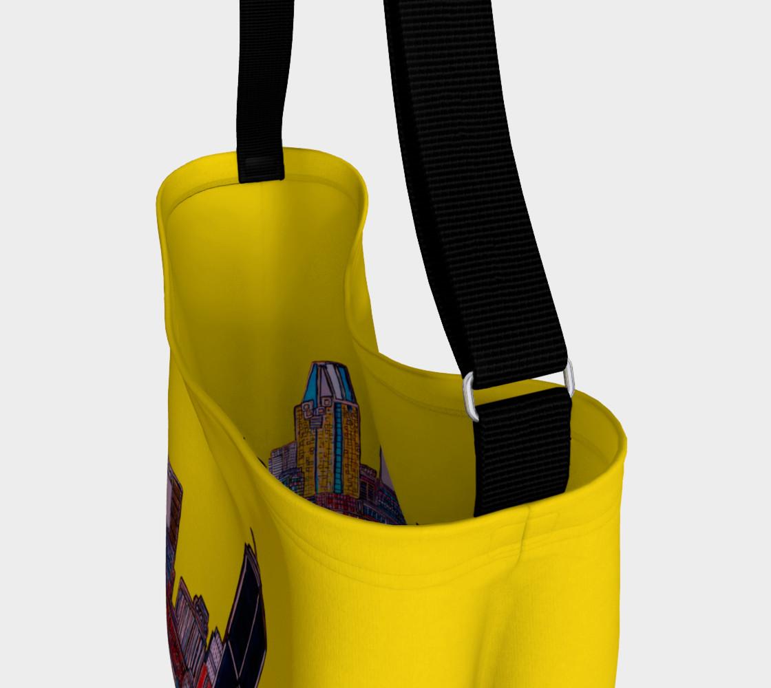 Aperçu de Montréal Yellow Bag - Sac Jaune Mtl avec rue interieur  #3