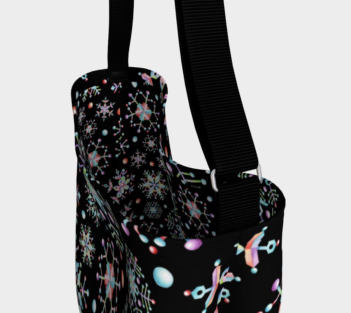 Aperçu de Prismatic Snowflakes Neoprene Tote Bag #3