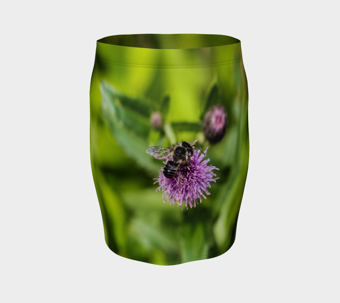 A Bee on a Purple Flower Fitted Skirt preview #4