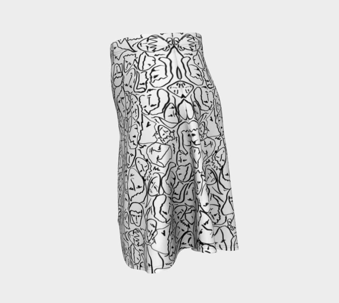 Aperçu de Elio's Shirt Faces in Black Outlines on White #2