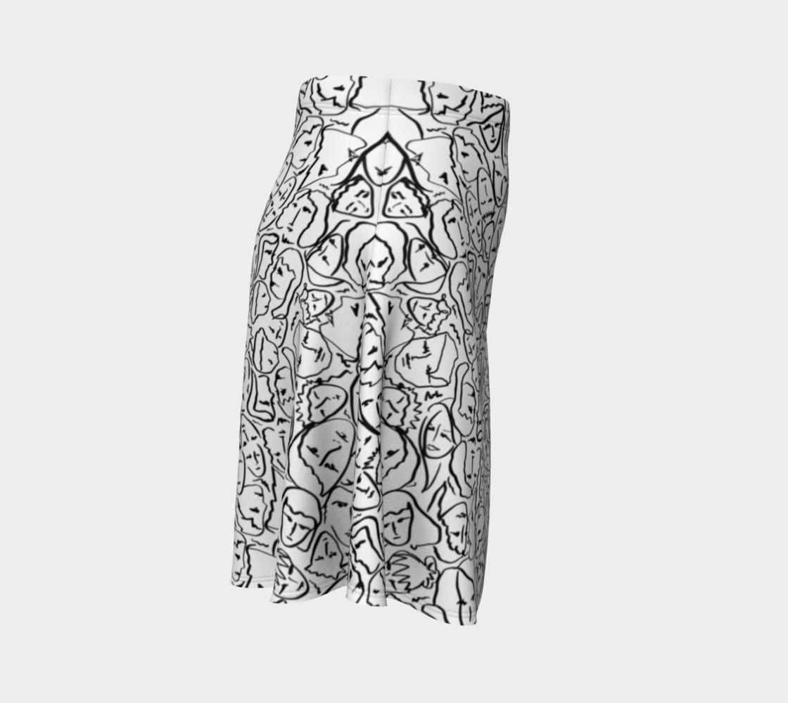 Aperçu de Elio's Shirt Faces in Black Outlines on White #3