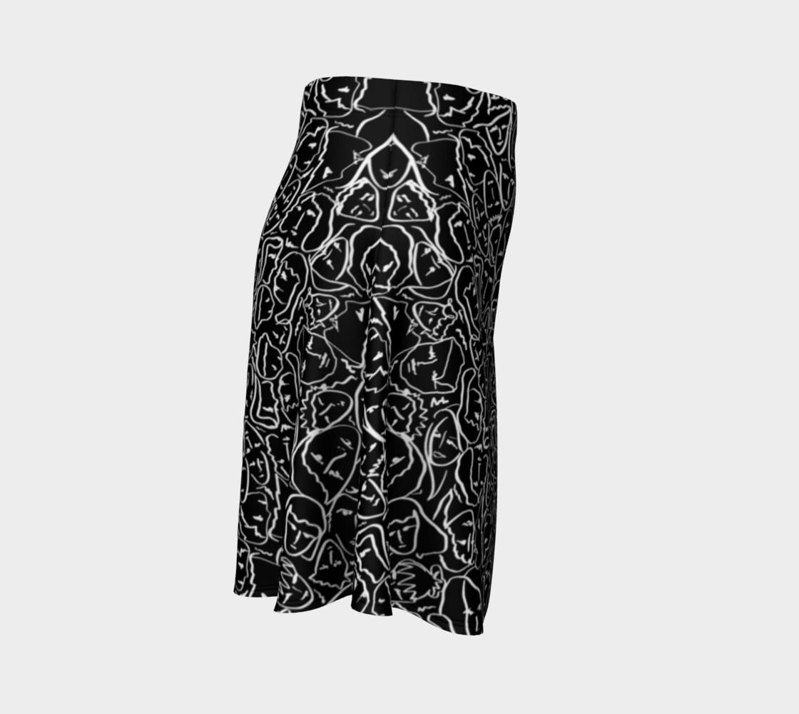 Aperçu de Elio's Shirt Faces in White Outlines on Black Crying Scene #3