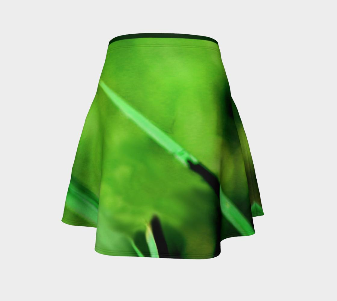 Aperçu de Butterfly on Grass Skirt #4