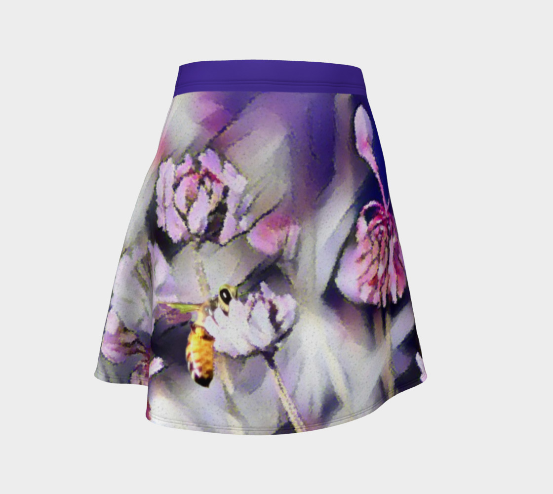 Bee Behind a Flower Skirt preview #1