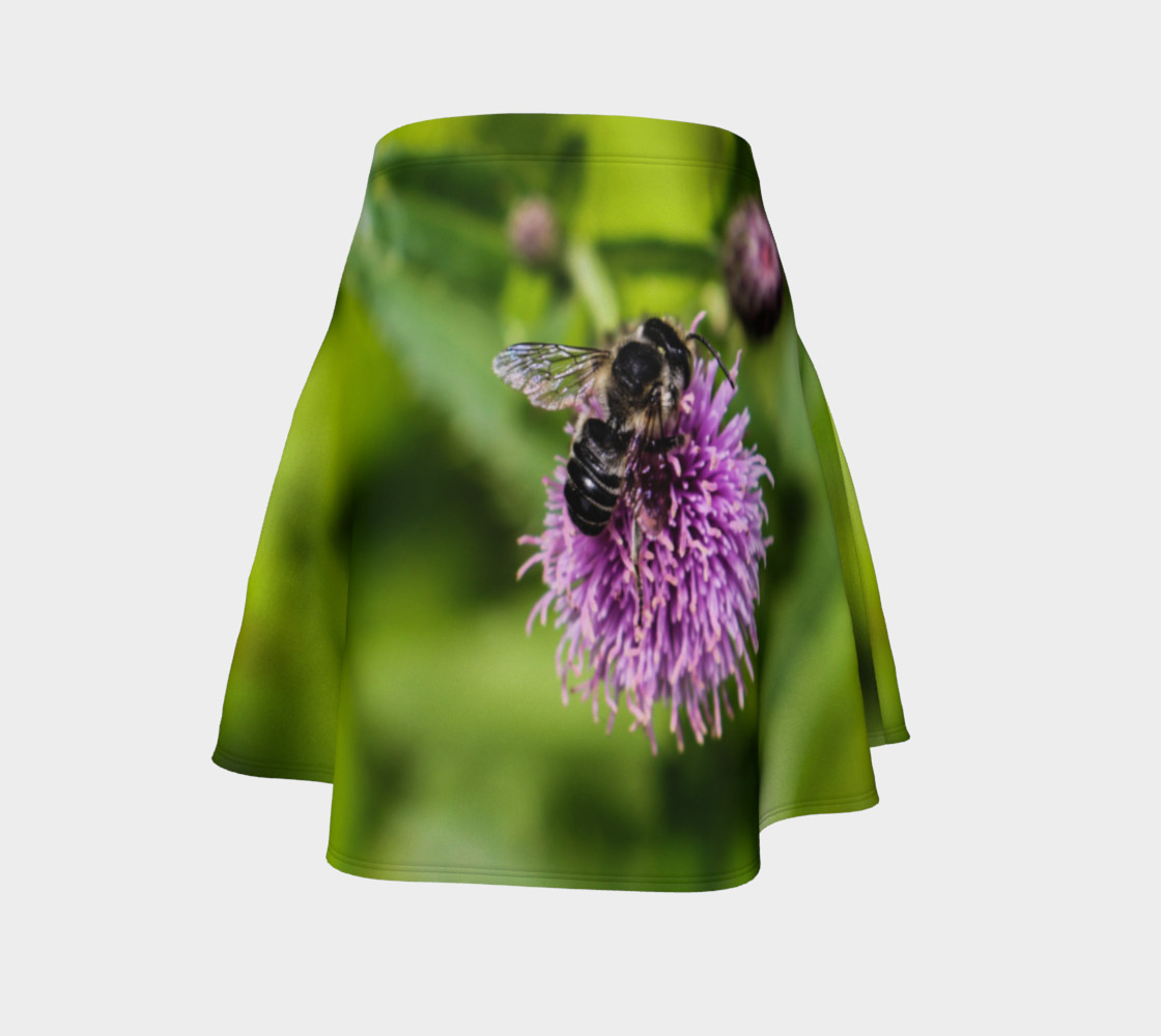 A Bee on a Purple Flower Flare Skirt preview #4