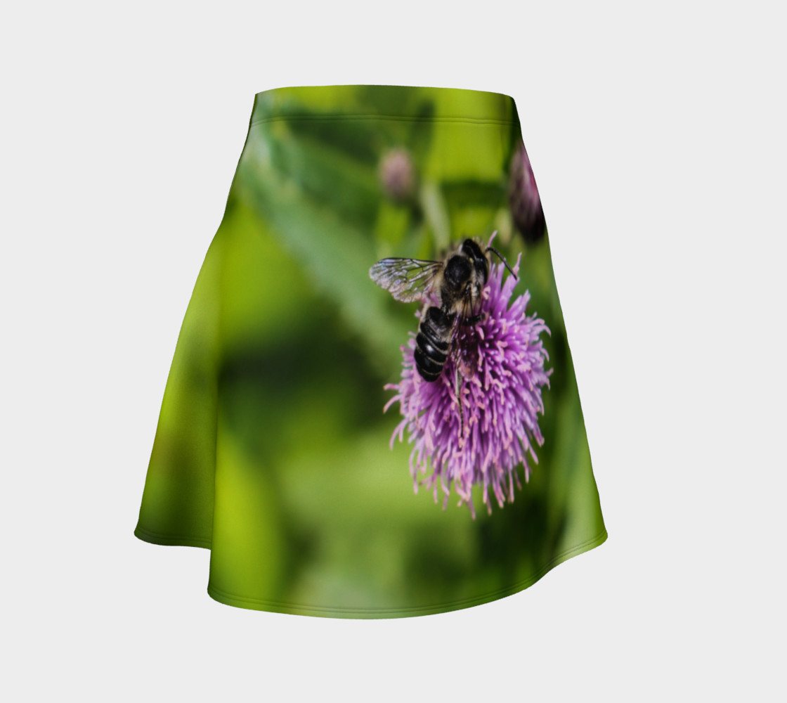A Bee on a Purple Flower Flare Skirt preview #1