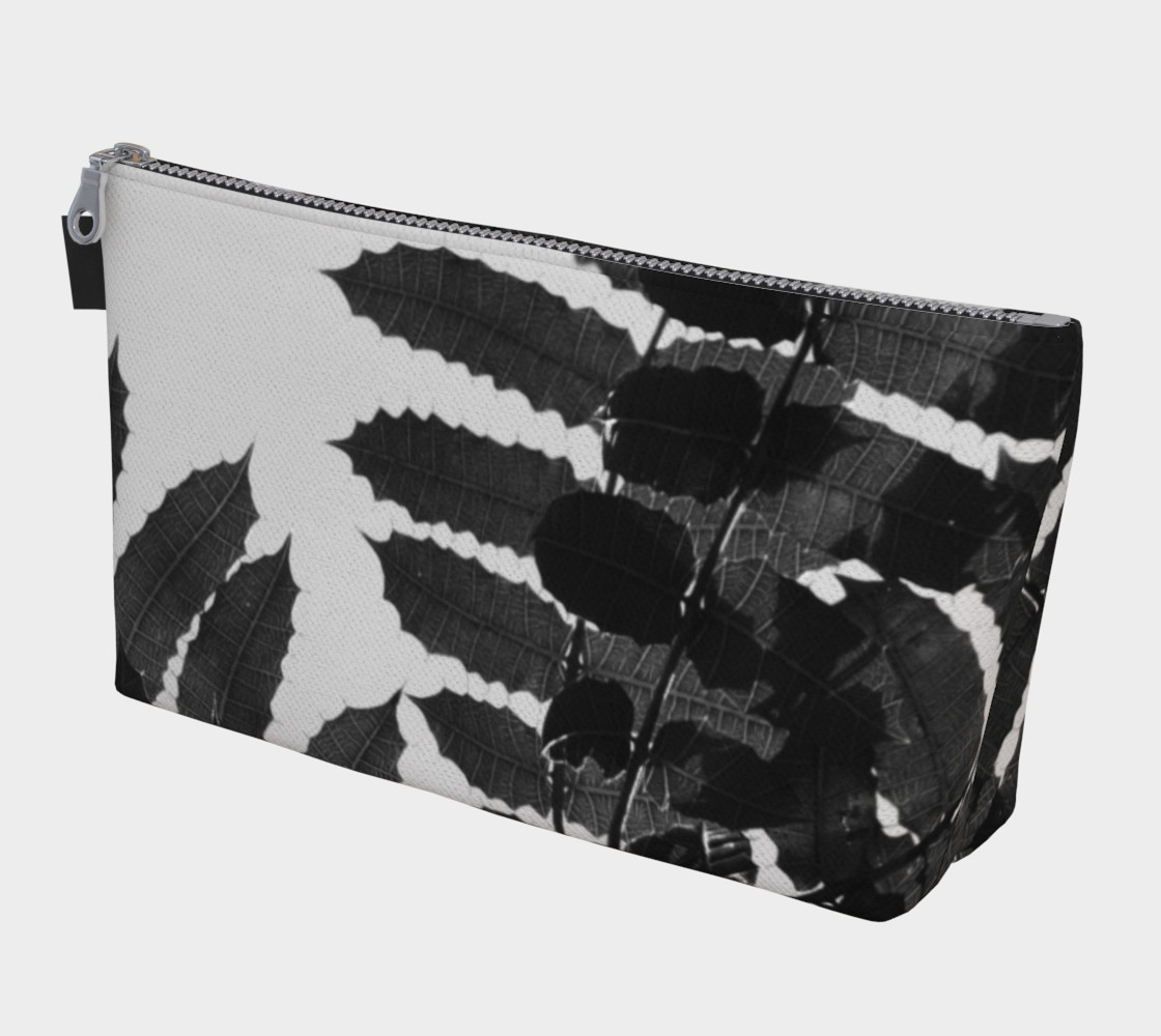 Black and White Leaf Makeup Bag preview #1