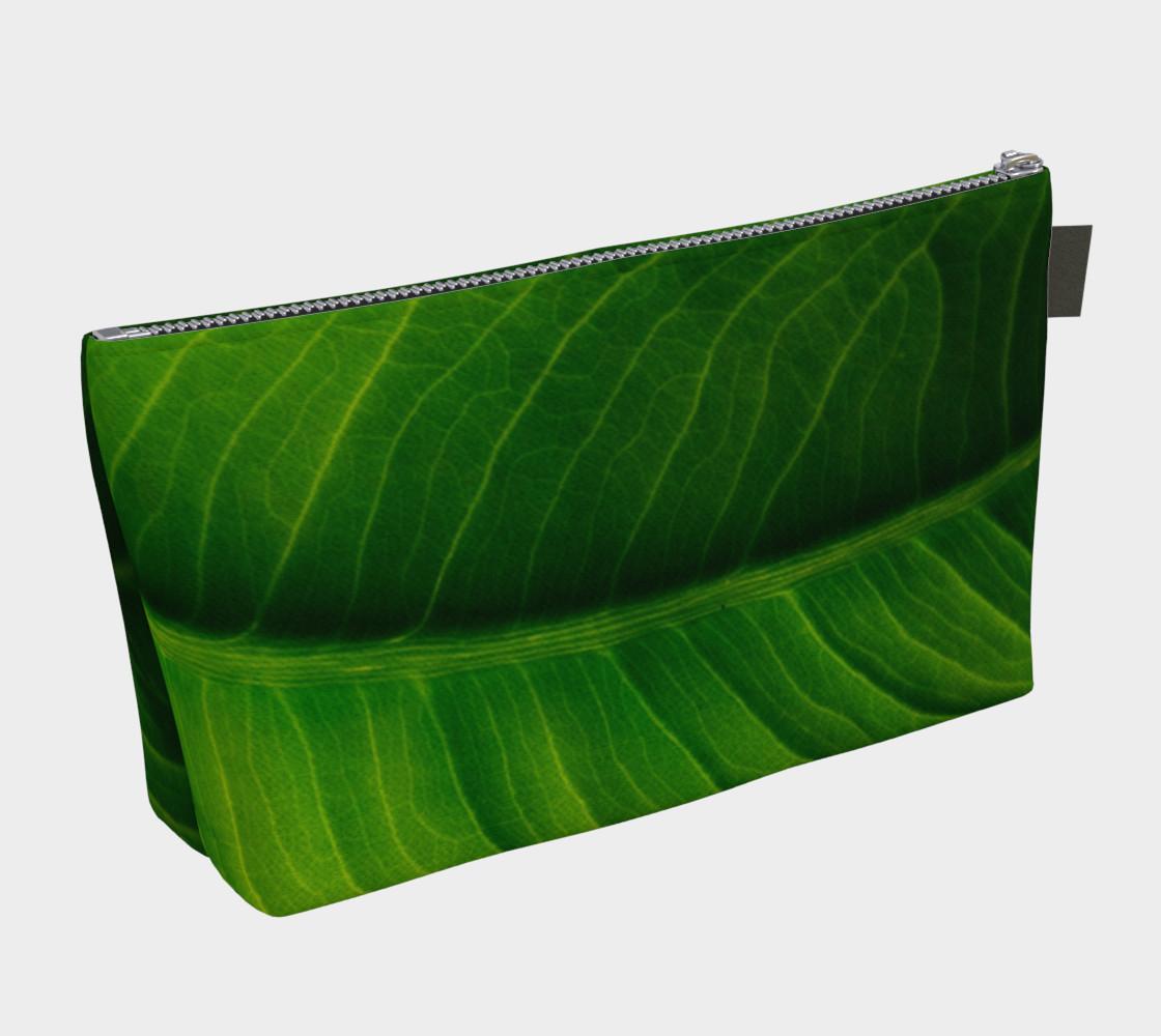 Aperçu de Green Elephant Ear Leaf Makeup Bag #2