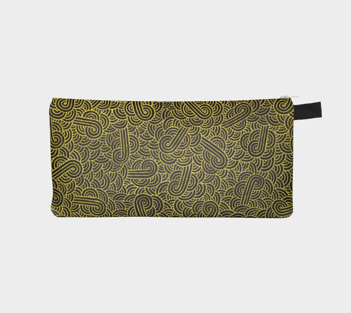 Aperçu de Faux gold and black swirls doodles Pencil Case #1