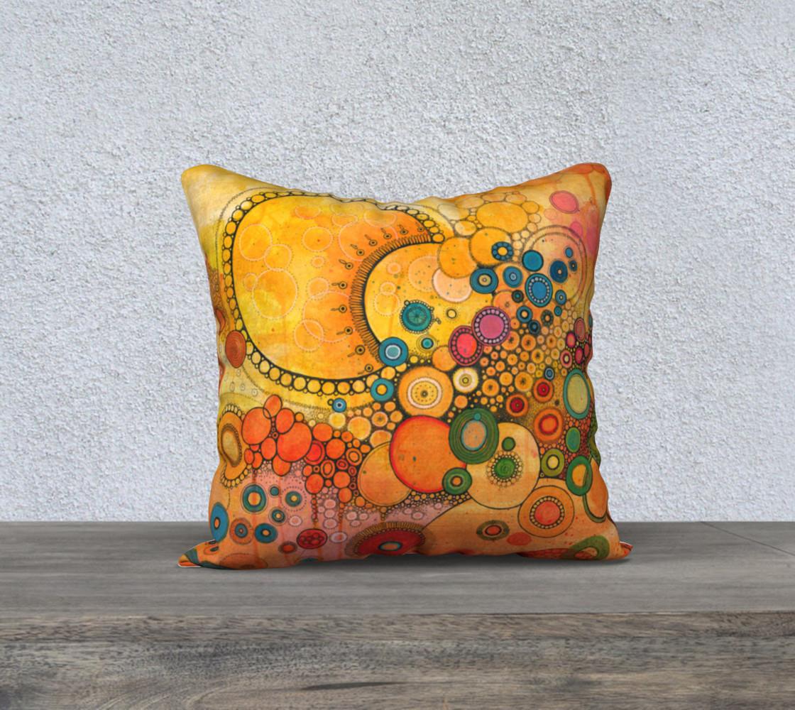 Un Nouveau Soleil Doodle Pillow preview #1