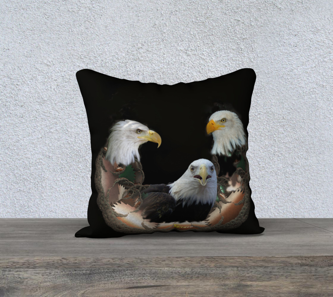 Majestic Eagle Pillow preview #1