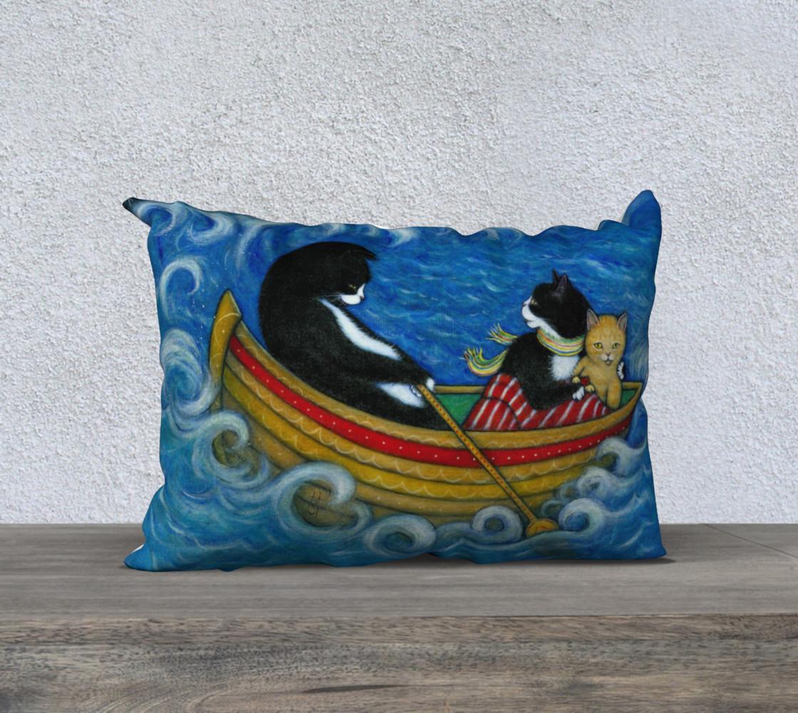 Aperçu de The Rescue pillow #1