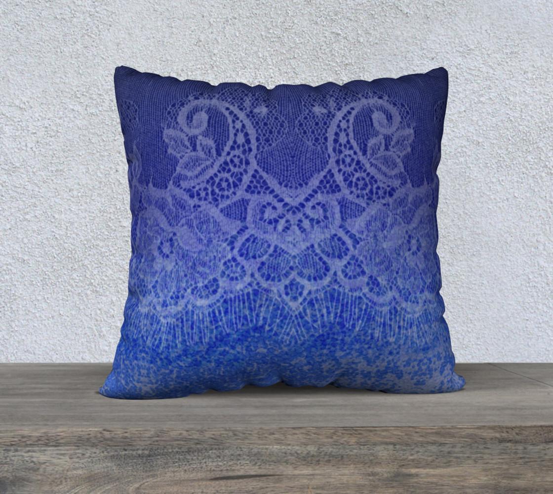 Aperçu de Lace Watercolor Ombre Blue Pillow #1