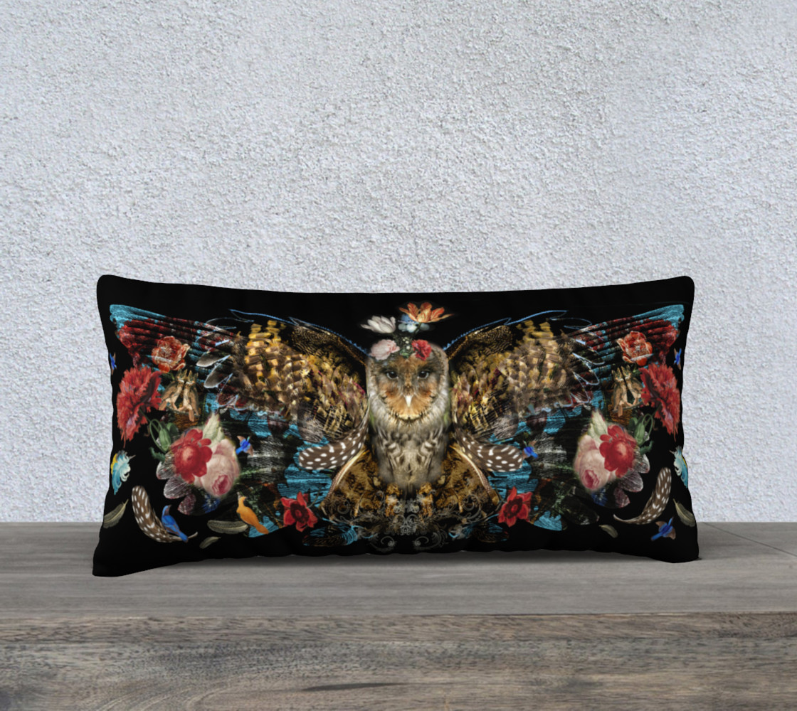 Aperçu de Winged Owl pillow #1