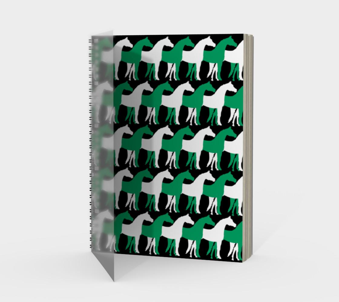Aperçu de Shamrock Green and White Overlapping Horses on Black #1