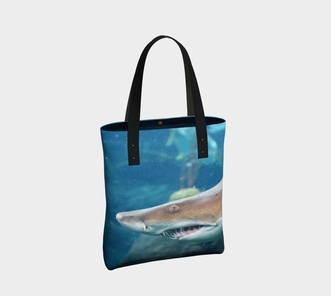 Shark Tote Close Up preview #2