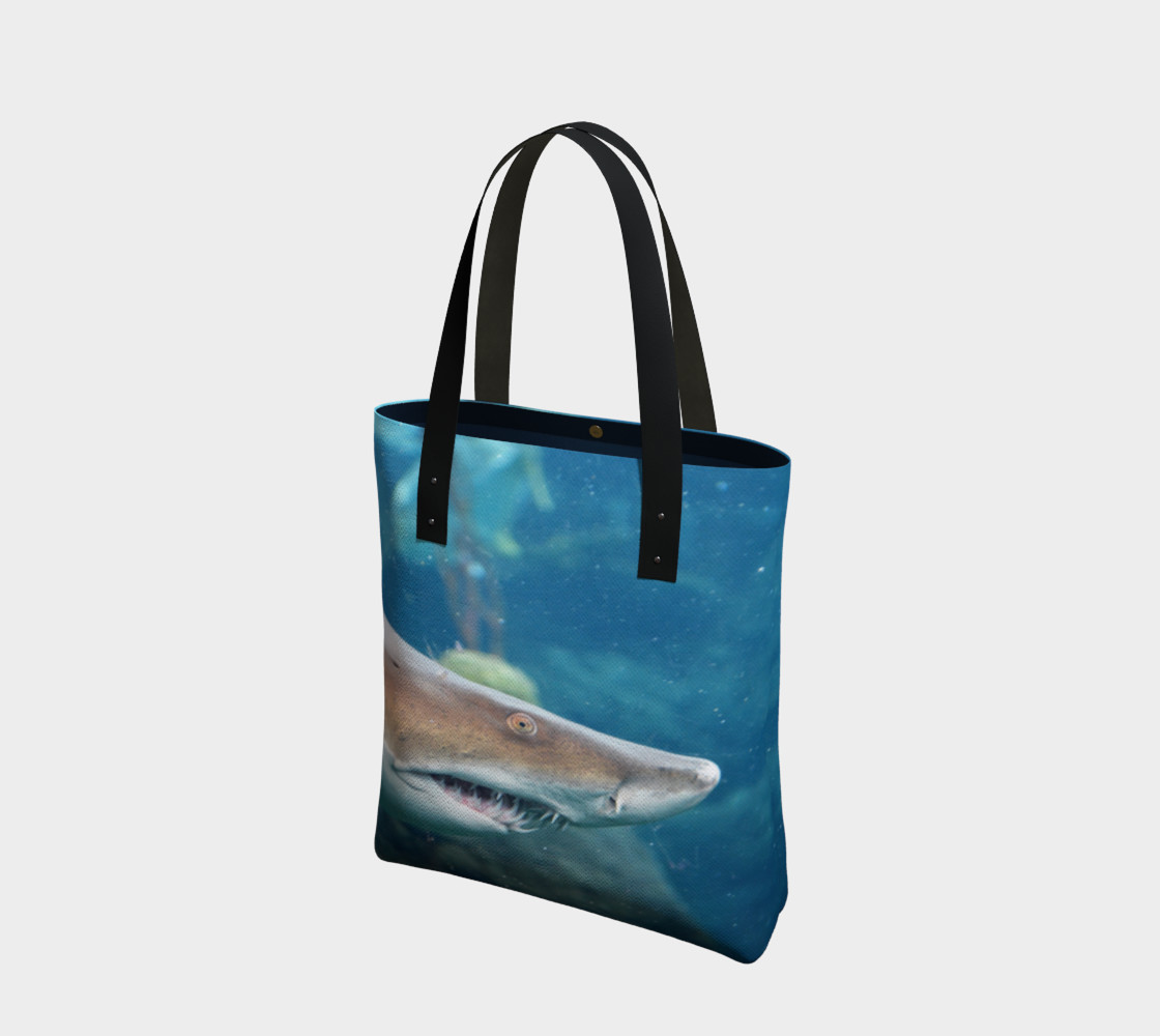 Shark Tote Close Up preview #1