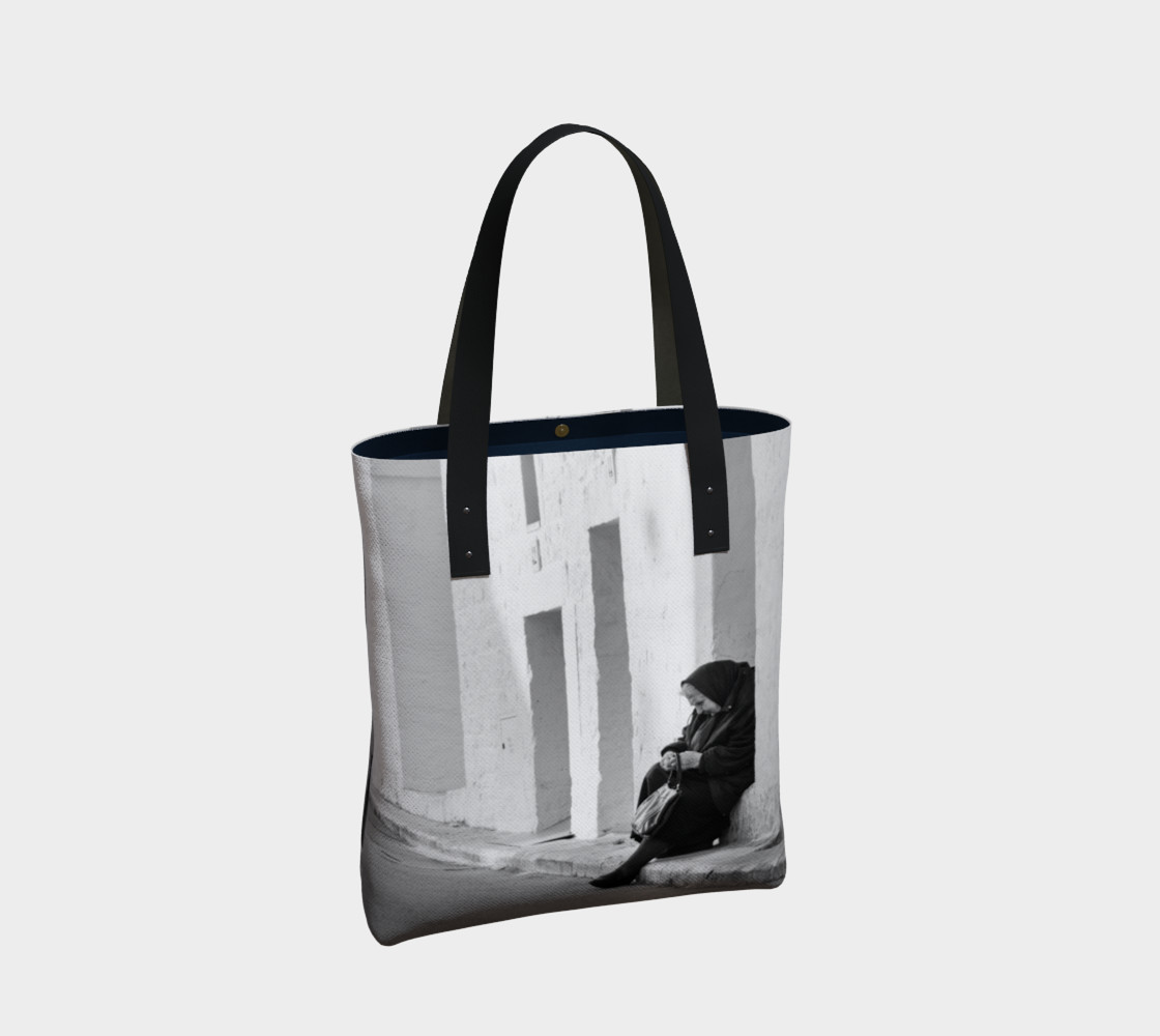 Utterly Italy Alberobello Woman Tote preview #2