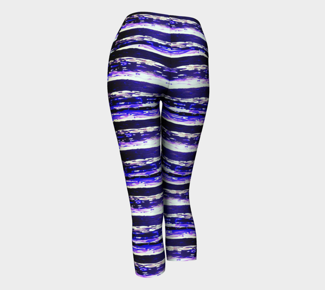 'Changing Currents' Yoga Capris preview #3