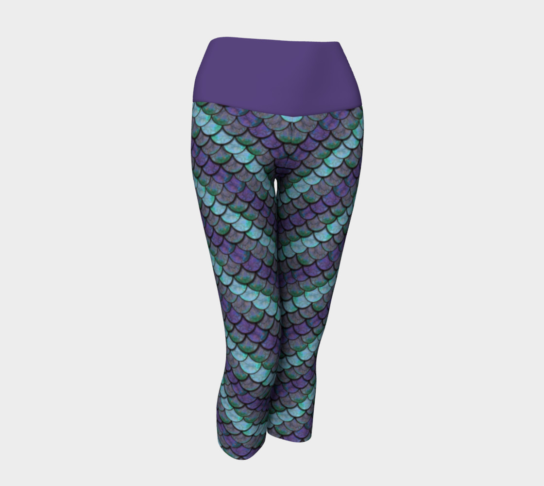 Opalescent Mermaid Scale Capris preview #1