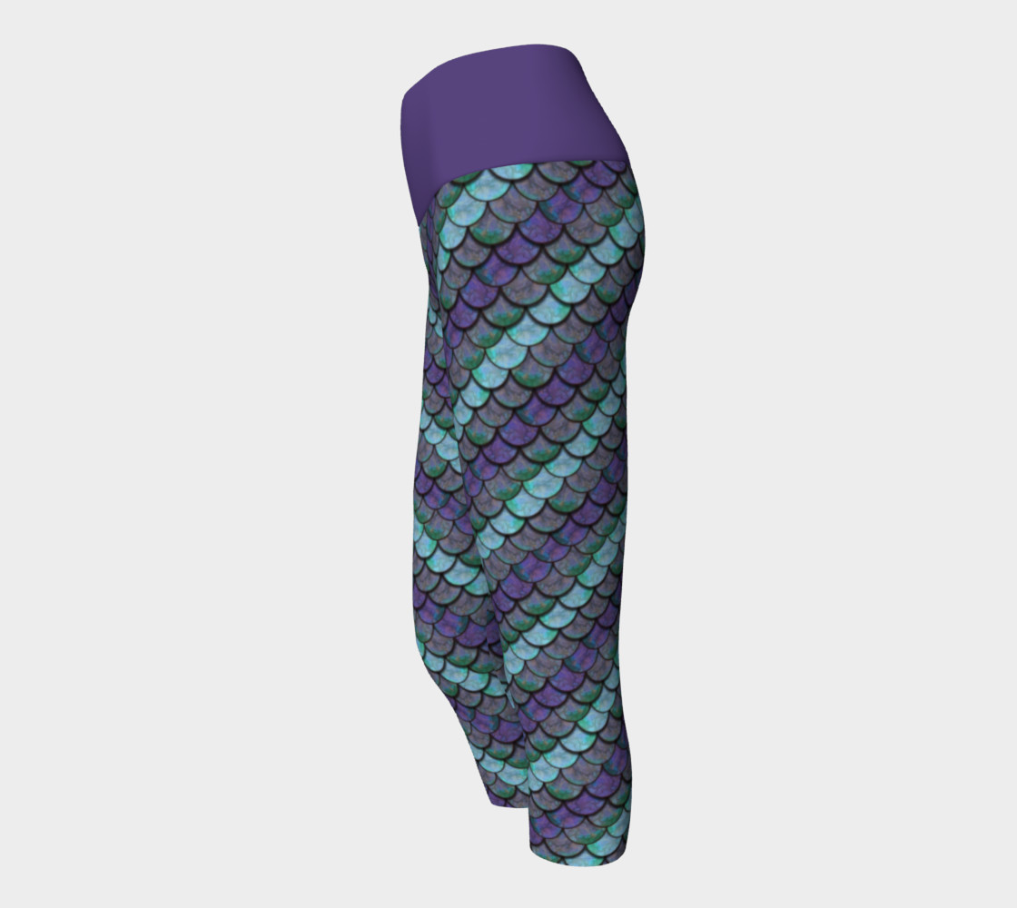 Opalescent Mermaid Scale Capris preview #2