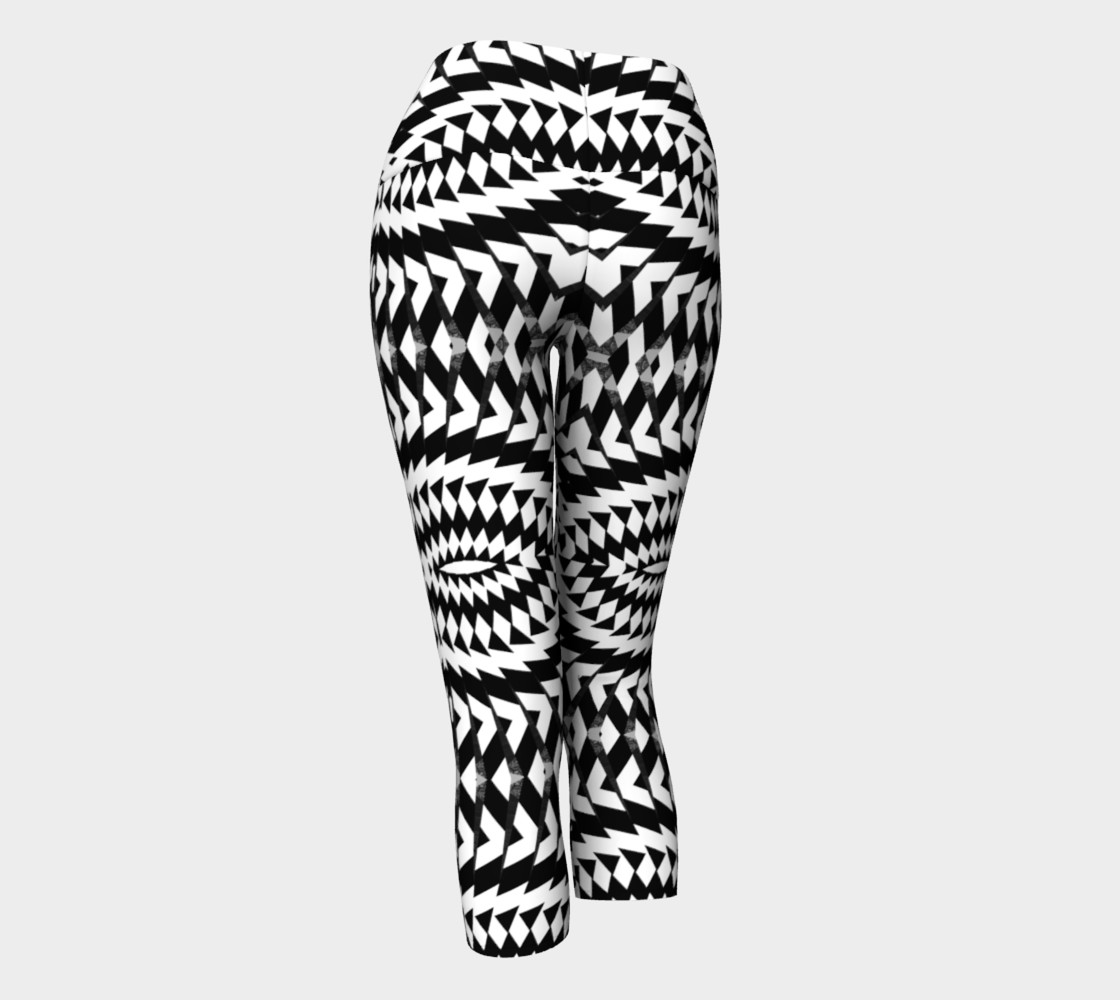 Black And White Yoga Capris preview #3