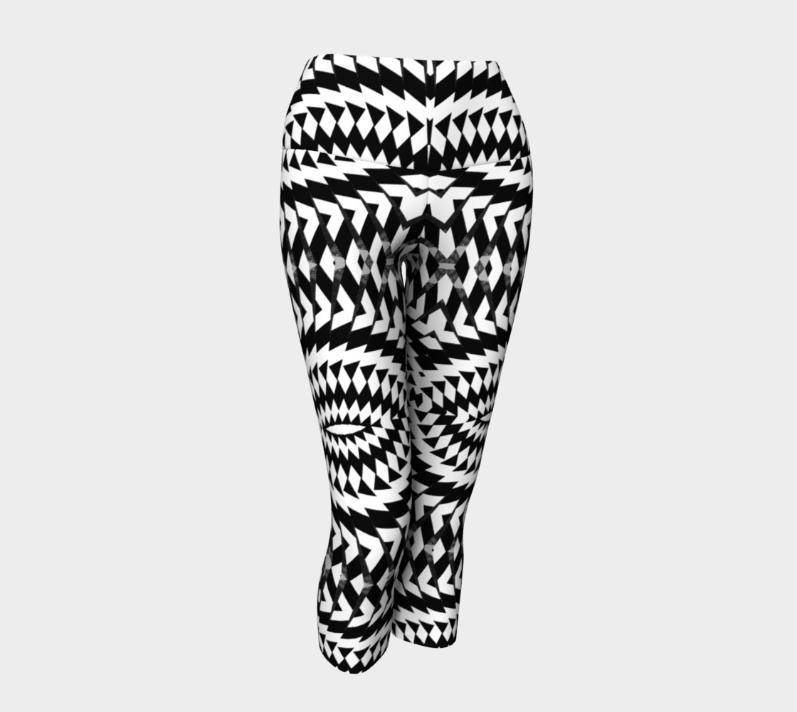 Black And White Yoga Capris preview #1