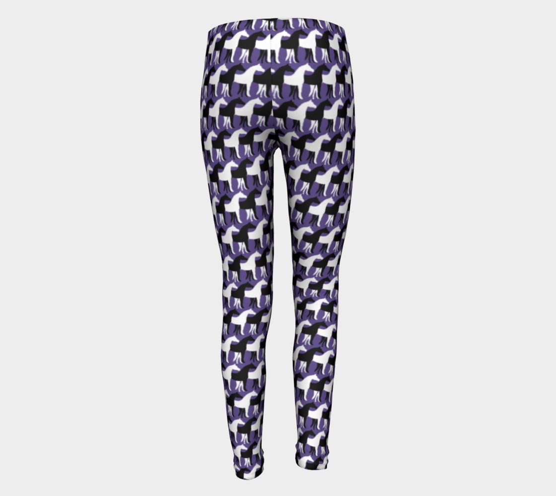 Aperçu de Black and White Overlapping Horses on Ultra Violet Purple #5