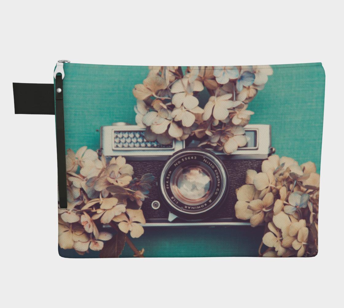 Camera & Hydrangea  preview #1