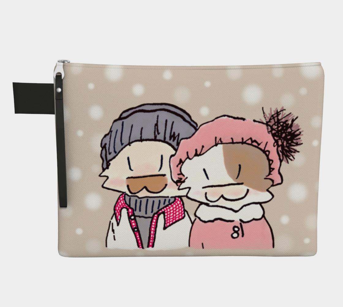 Aperçu de Happy Kitty Couple in Snow #1