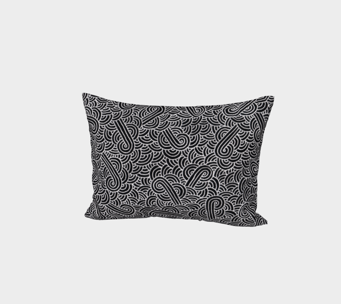 Faux silver and black swirls doodles Bed Pillow Sham aperçu
