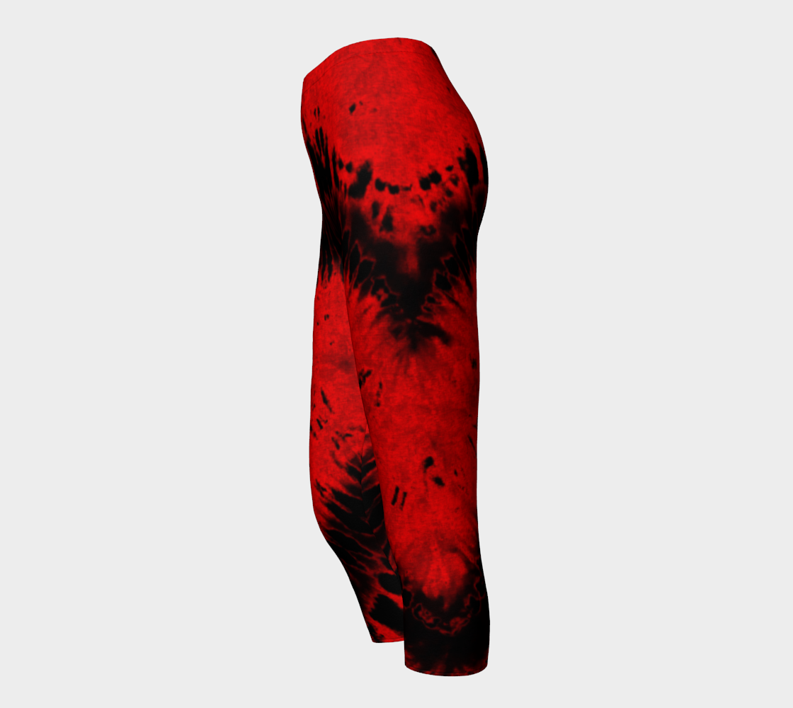 Red Black Heart Capri Leggings preview #3