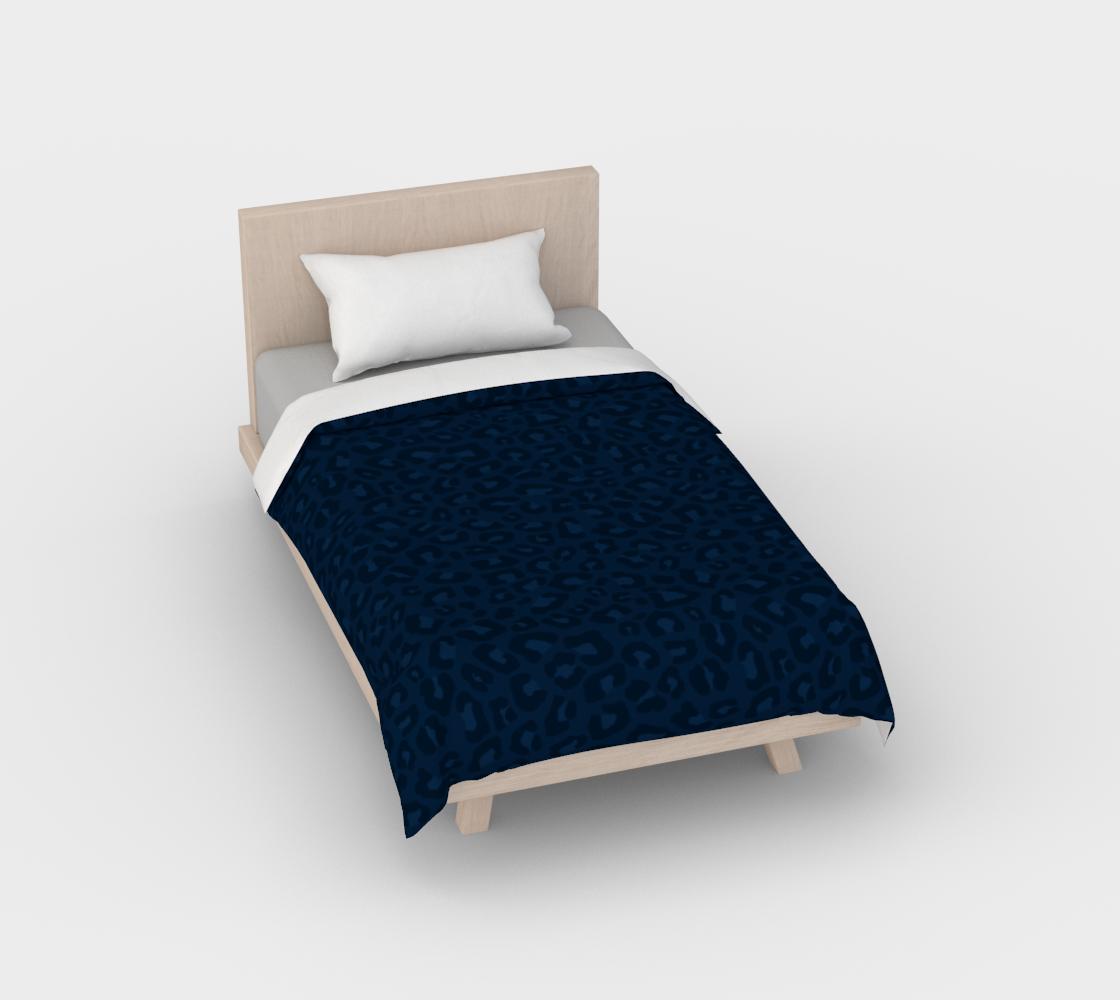 Leopard Print 2.0 - Navy Blue Duvet Cover aperçu