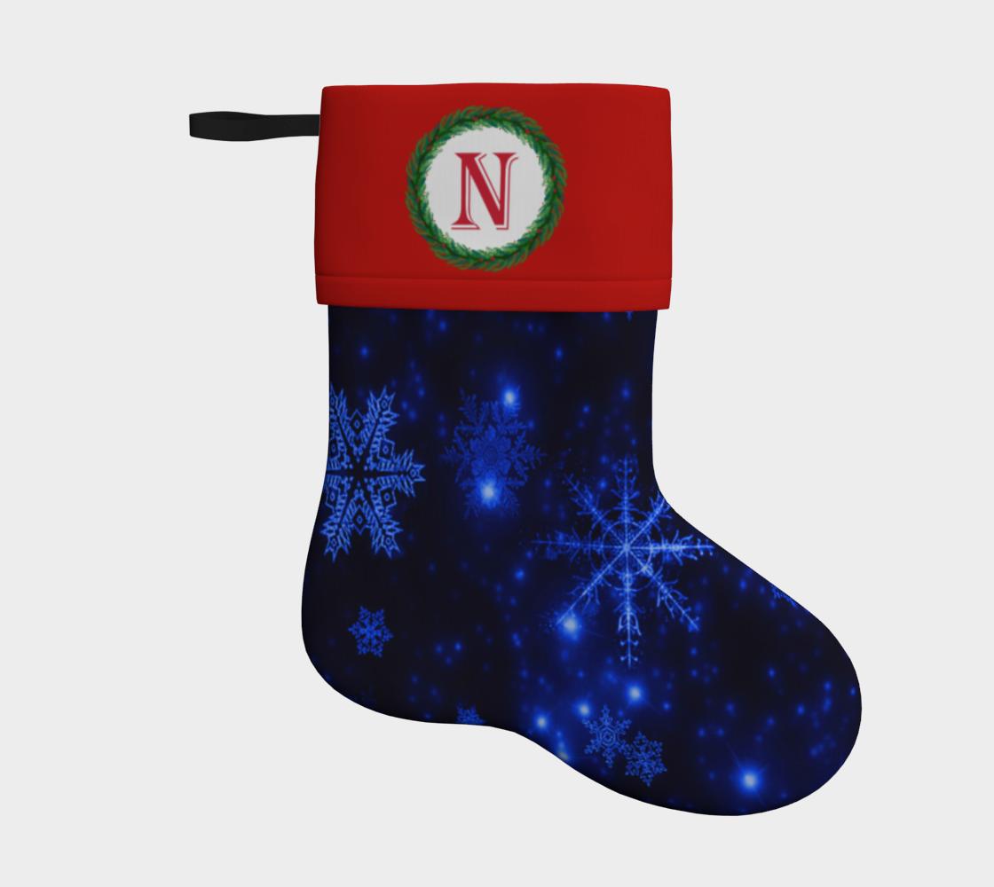 Aperçu de Monogram N Deep Blue and Bright Snowflakes Christmas Stocking