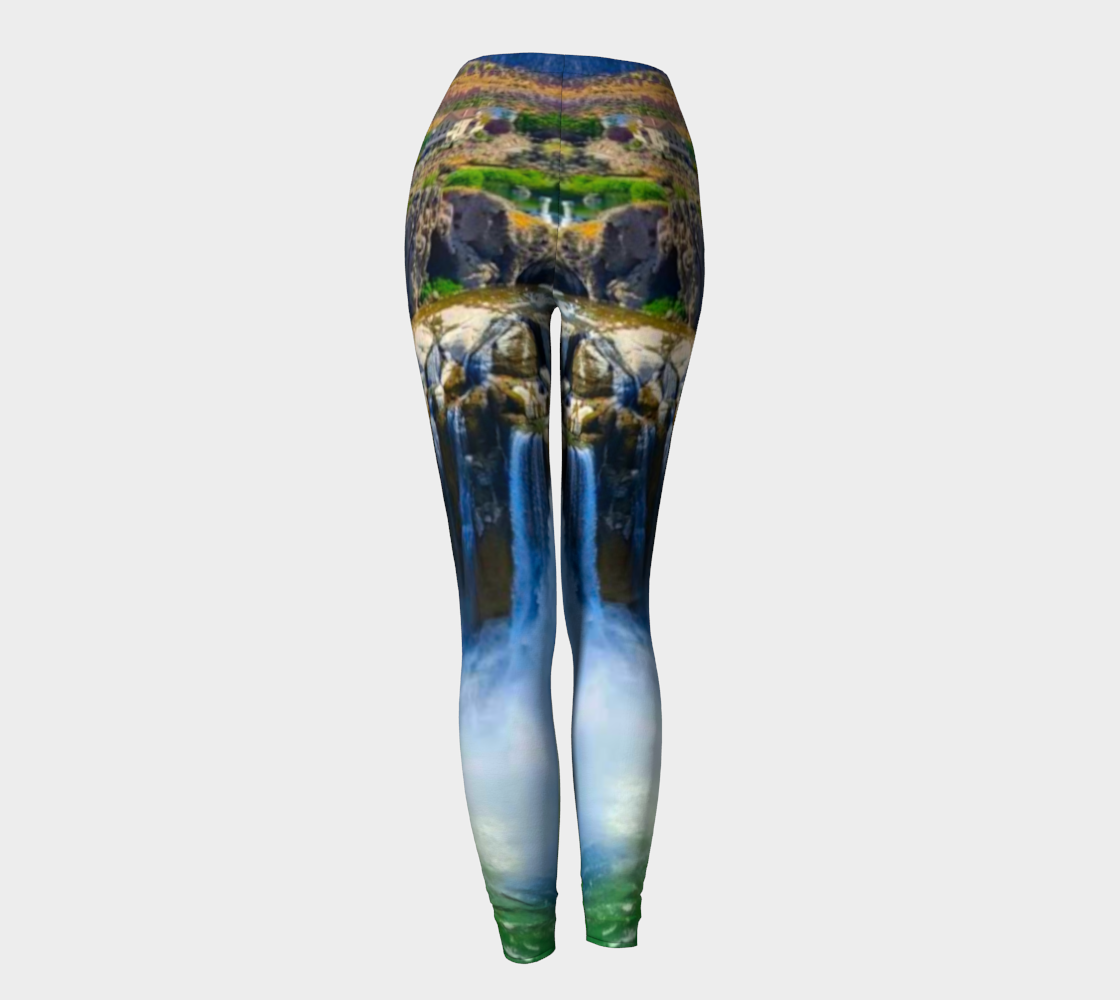 Fantasy Falls Leggings preview #4