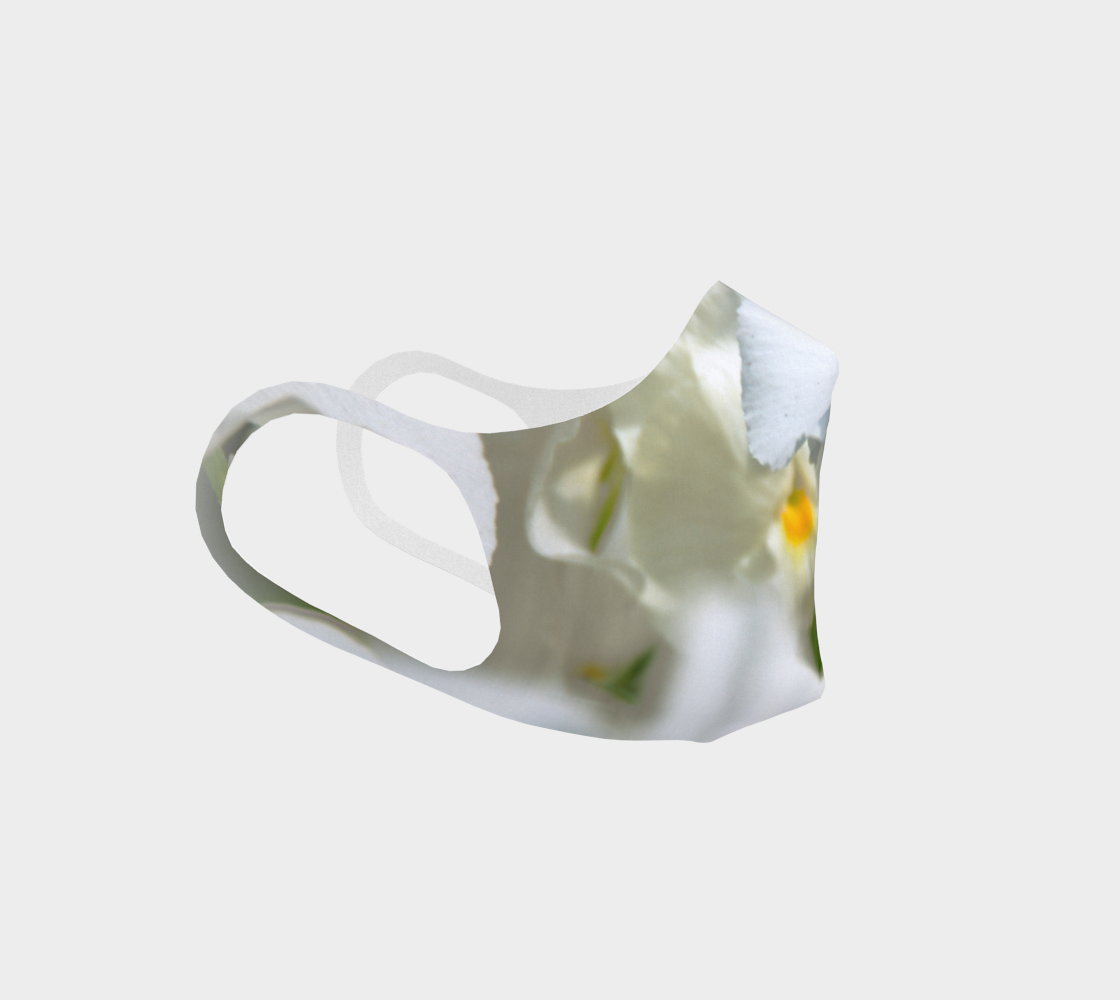 White Pansies preview #3