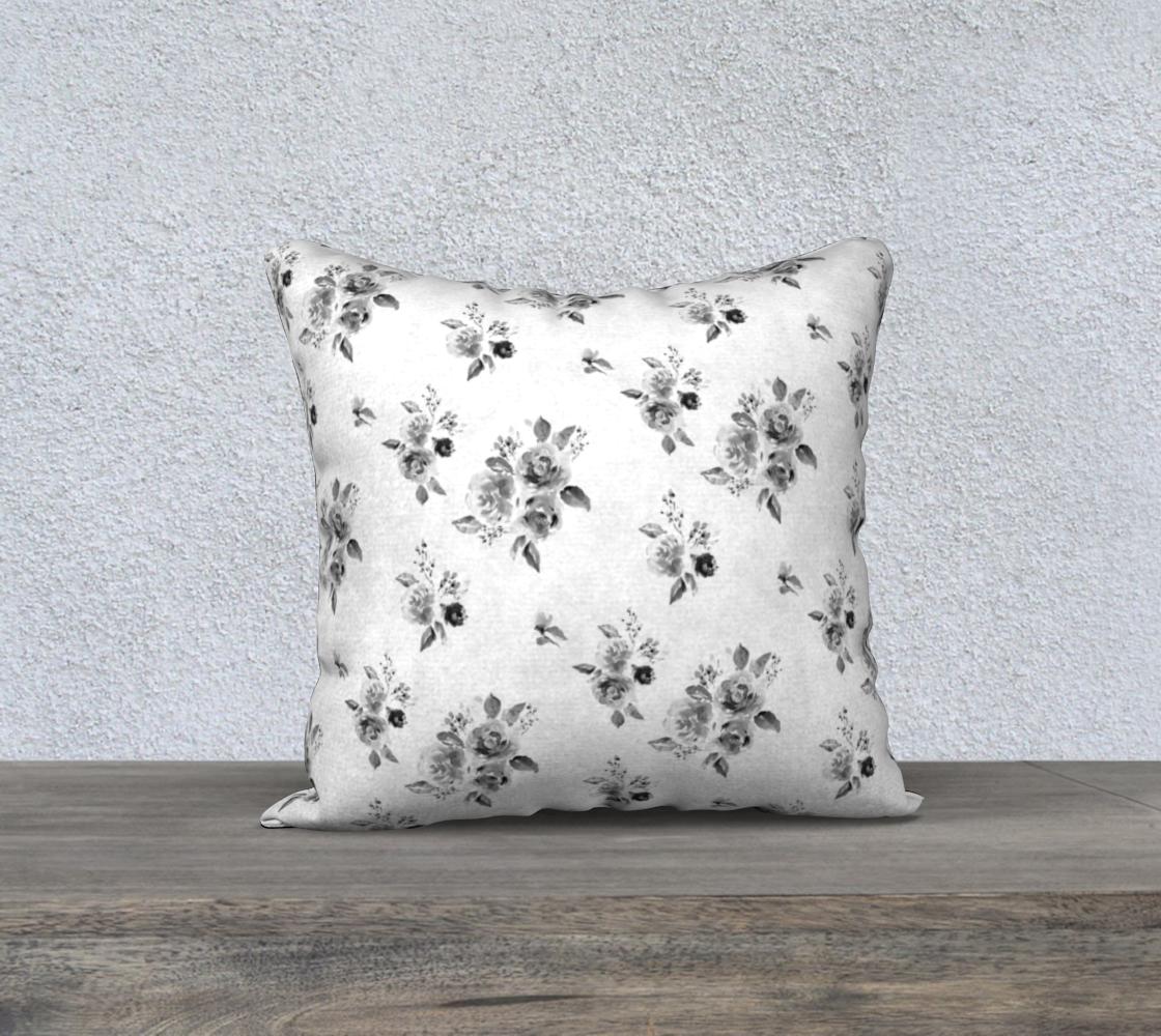 Aperçu de Black and White Rose floral cover 18x18