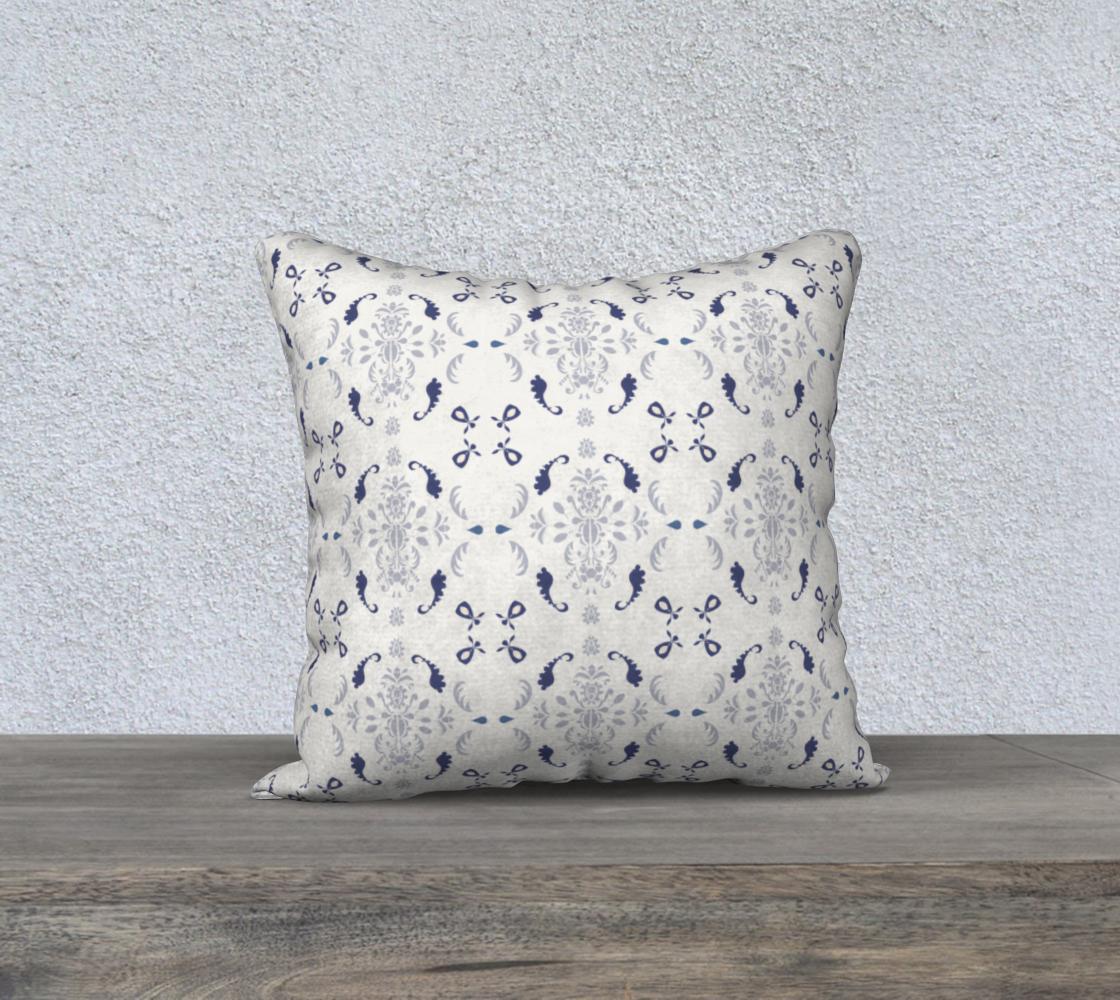 Aperçu de white and blue damask 18 cover