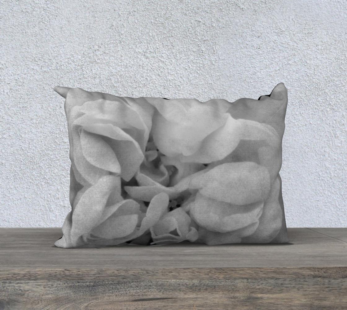 Aperçu de Light Gray Rose Pillow 20X14 170614a